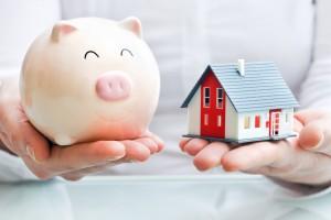 Niedrige Zinsen schonen den Geldbeutel eines Bauherren